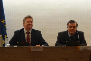 Imagen de Miguel Ángel Valero y Jesús Hernández durante la presentación